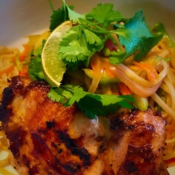 MFK Chicken or Shrimp Pad Thai , 515 Calories , Carbs:51 gram , Fat:23 gram , Protein:32 Grams