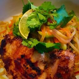 MFK Chicken or Shrimp Pad Thai , 515 Calories , Carbs:51 gram , Fat:23 gram , Protein:32 Grams
