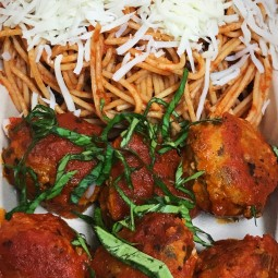 Macro Fit Kitchen (MFK) Turkey Meatballs: Organic Ground Turkey mixed with red peppers & onions , seared to brown and finished with organic marinara sauce. Topped with fresh mozzarella cheese , chiffonade basil comes with side of Whole Wheat Pasta ( Spaghetti Squash option available) Macro breakdown : 1 container , Cal: 491 , Proteing:39.5 gram, Carbs: 53 grams, Fat: 18.9 grams